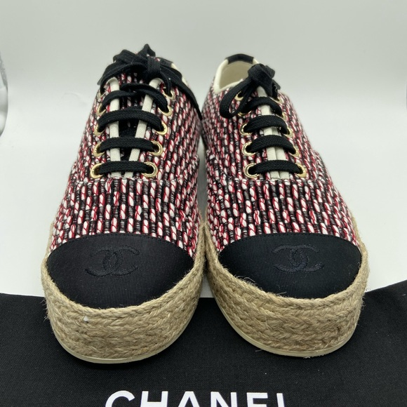 CHANEL Shoes   Chanel Lace Up